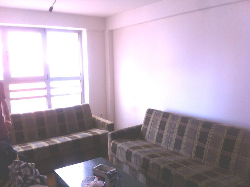 Shitet banesa 3 dhomëshe në lagjen e Spitalit, me sipërfaqe 70m2 kati 5-të