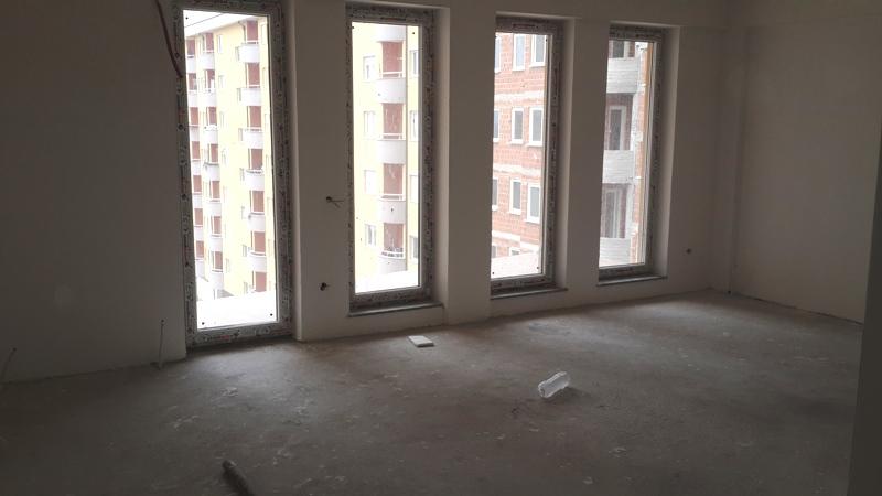 Shitet banesa 4 dhomëshe në Fushë Kosovë, me sipërfaqe 112m2, kati 5-të.