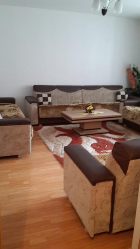 Shitet banesa 2 dhomëshe në Fushë Kosovë, 77m2, kati i 3-të
