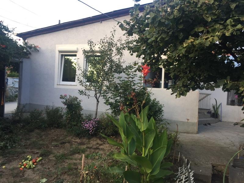 Shitet shtepia 1 katshe me 2.7 Ari truall në Vushtrri, me sipërfaqe 100m2