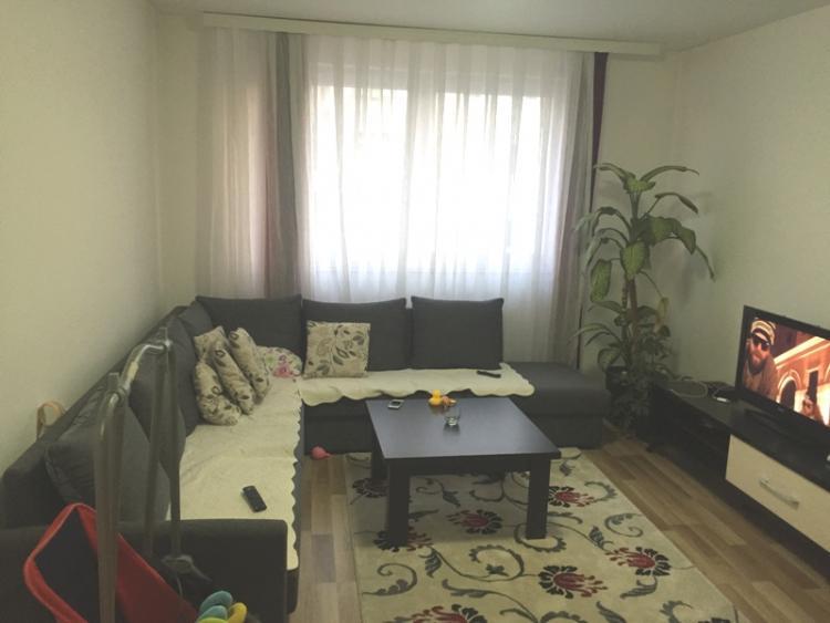 Shitet banesa 2 dhomëshe në Fushë Kosovë 53m2, kati i 7-të (me lift)