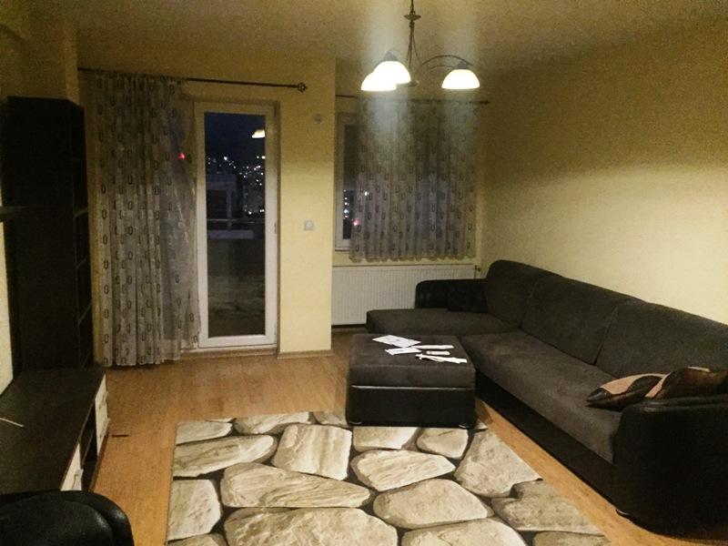 Ipet me qira banesa 2 dhomëshe 65m2 në lagjen Arberia