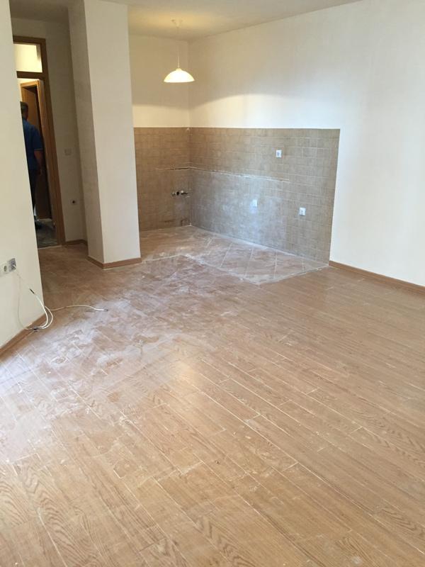 Shitet banesa 2 dhomëshe 57m2 në Fushë Kosovë