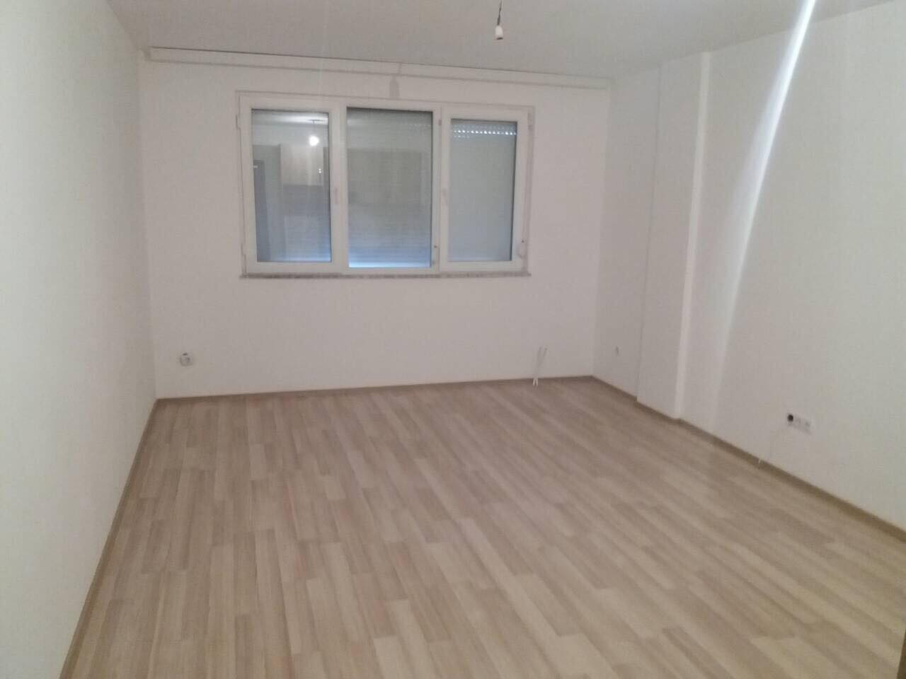 Shitet banesa 1 dhomëshe Garsonjere 32m2 kati 2 Fushë Kosovë