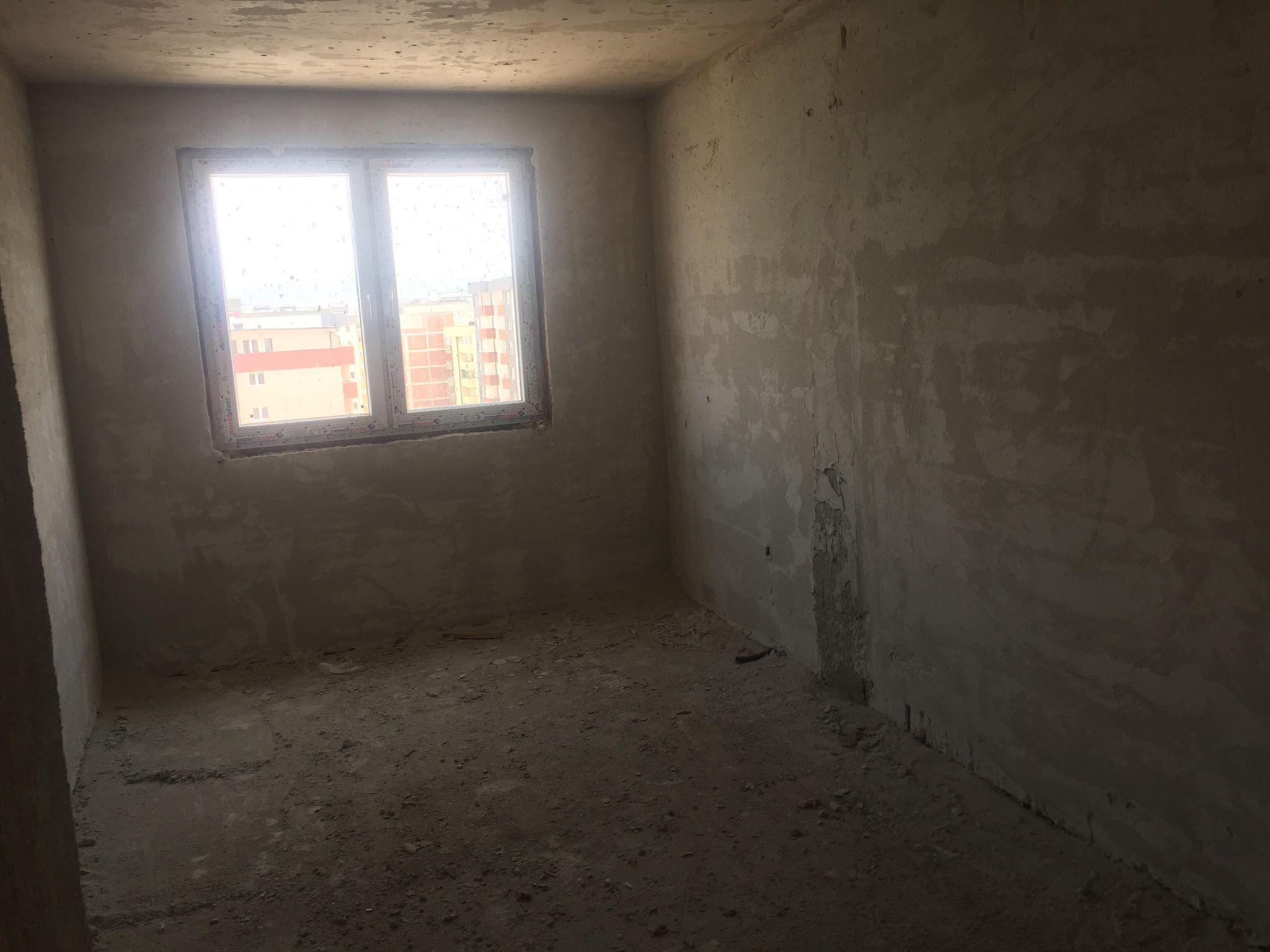 Shitet banesa 3 dhomshe 85m2 kati 7 Fushë Kosovë