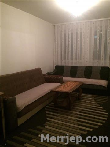 Ipet me qira banesa 2 dhomëshe 55 m2 kati 7 në Fushë Kosovë
