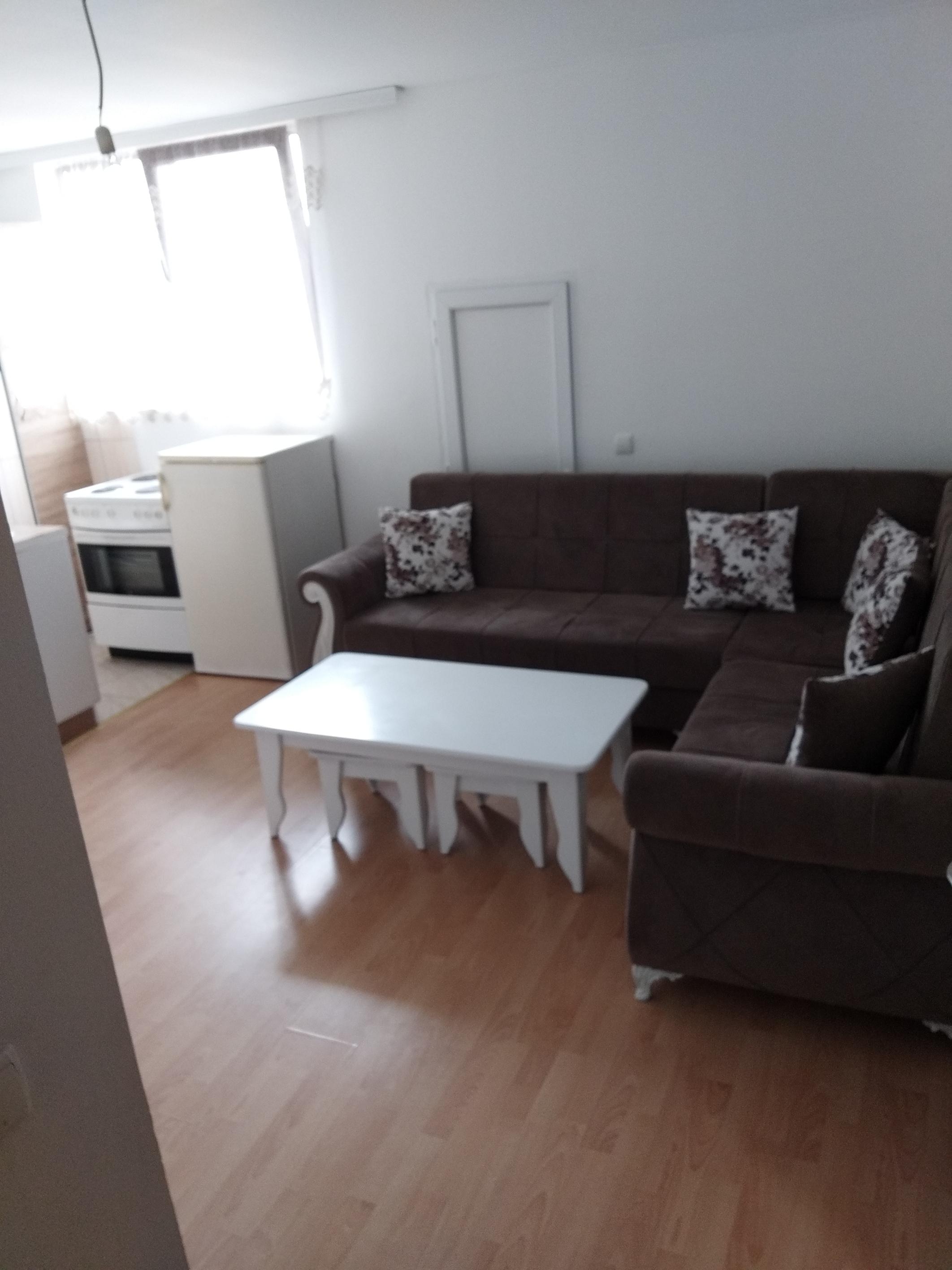 Ipet me qira banesa 2 dhomshe 50m2 kati 7 Fushë Kosovë
