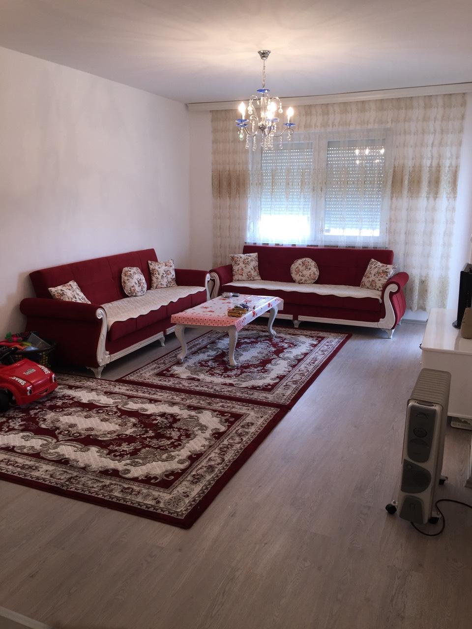Shitet banesa 2 dhomëshe 60m2 kati 8 në Fushë Kosovë