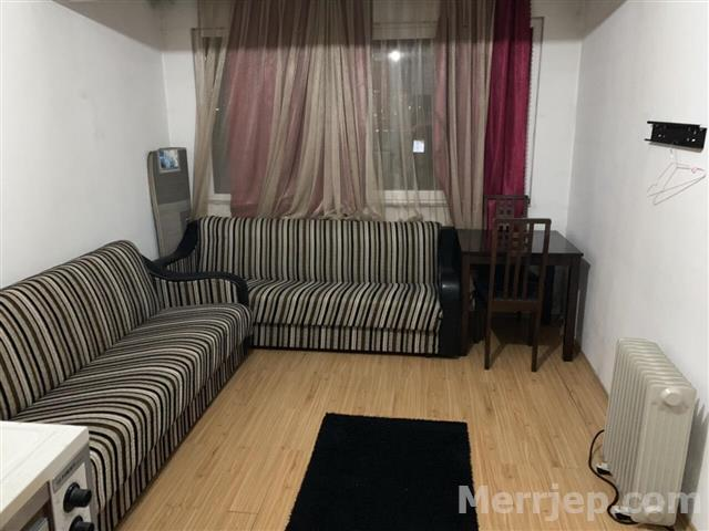 Ipet me qira banesa 1 dhomëshe (gasonjere) 30m2 kati 2 në lagjen Ulpianë