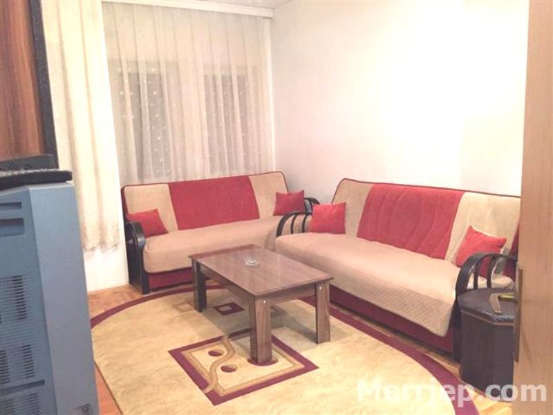 Ipet me qira banesa 2 dhomëshe 60m2 kati 1 në Fushë Kosovë
