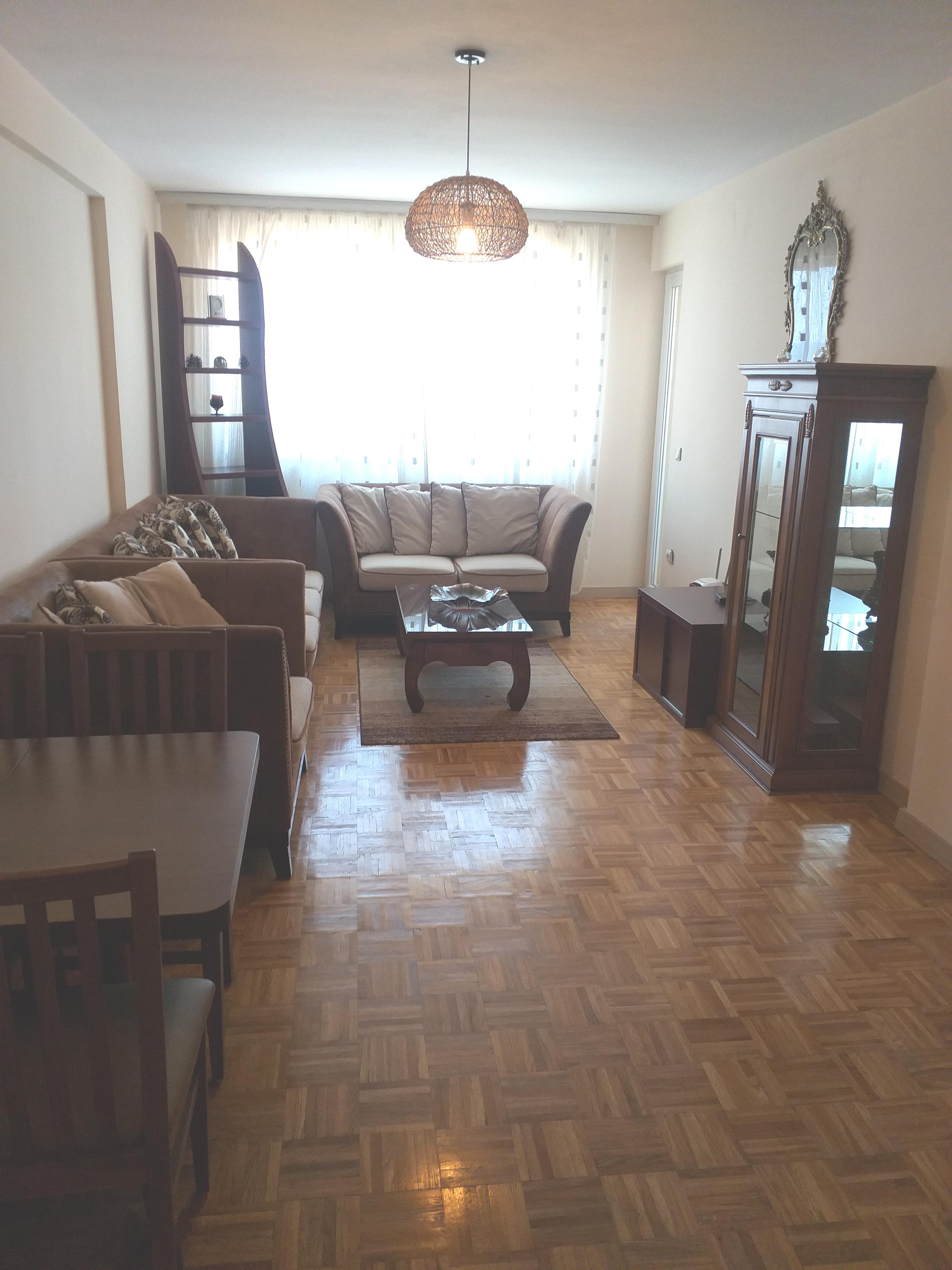 Shitet banesa 2 dhomshe 64m2 kati 7 Fushë Kosovë