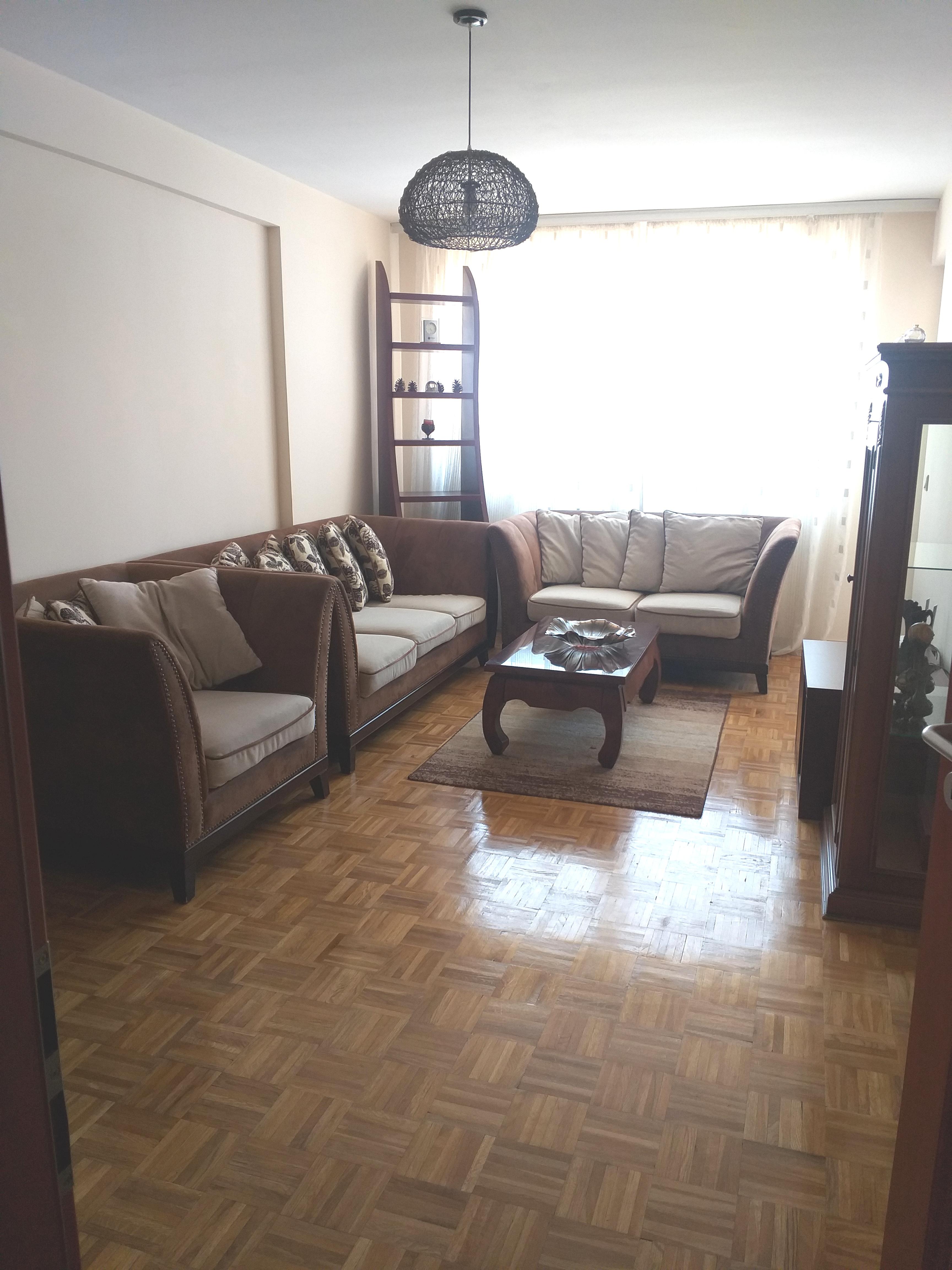 Ipet me qira banesa 2 dhomshe 65m2 kati 7 Fushë Kosovë