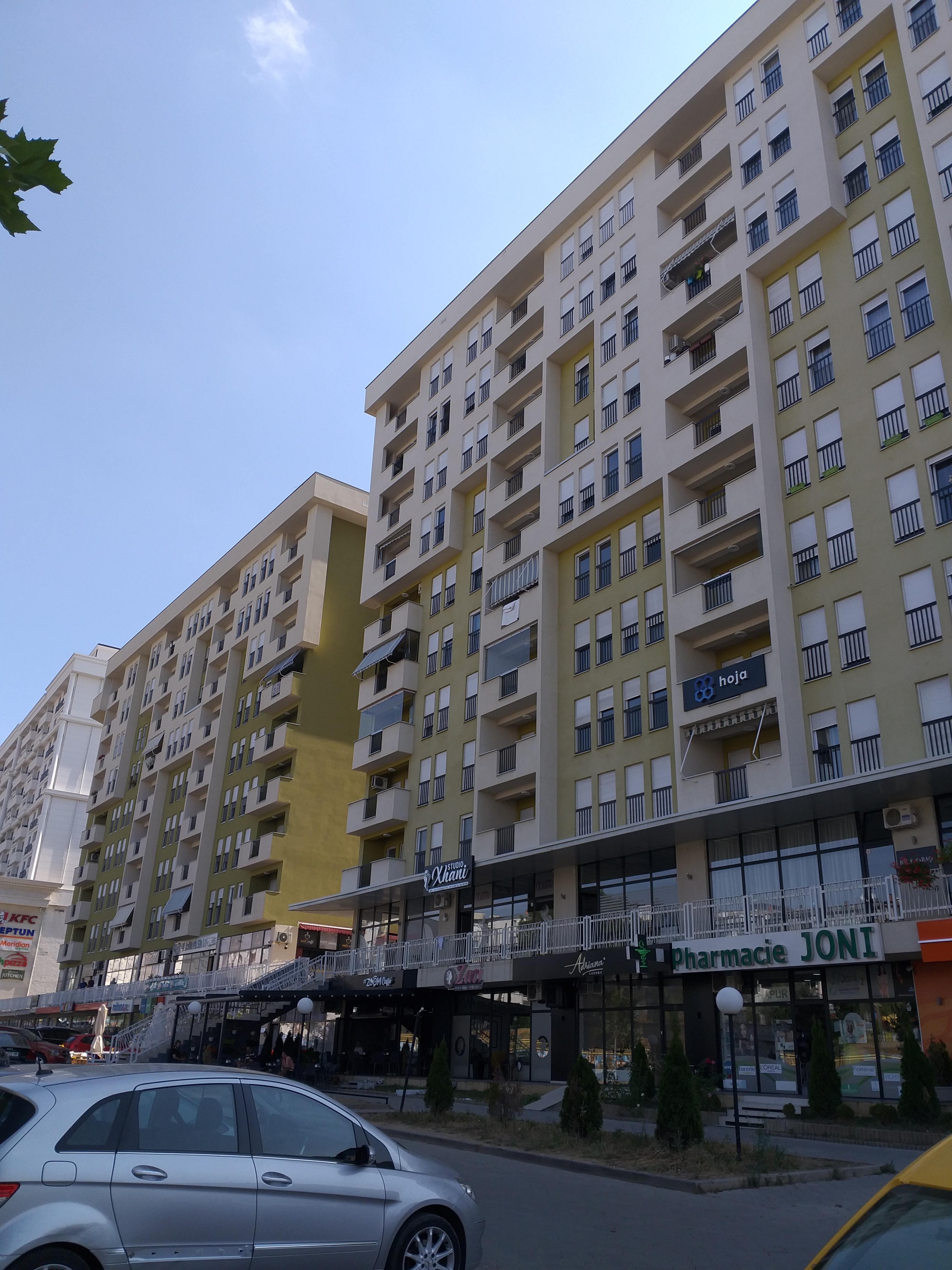 Shitet banesa 2 dhomëshe 71m2 kati 5 në Mati 1