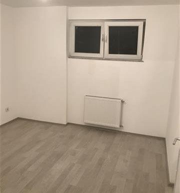 Shitet-banesa-ne-fushe-kosov-85-metra-katror- (4)