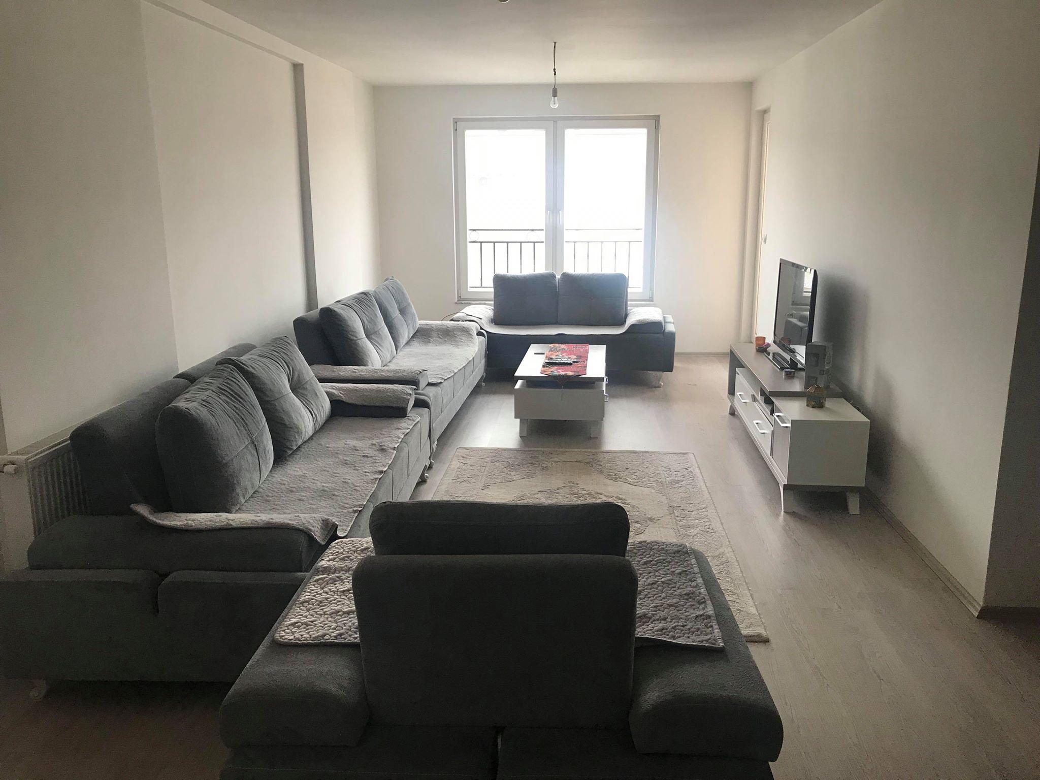 Shitet banesa 3 dhomëshe 97.3m2 kati 8 në Fushë Kosovë