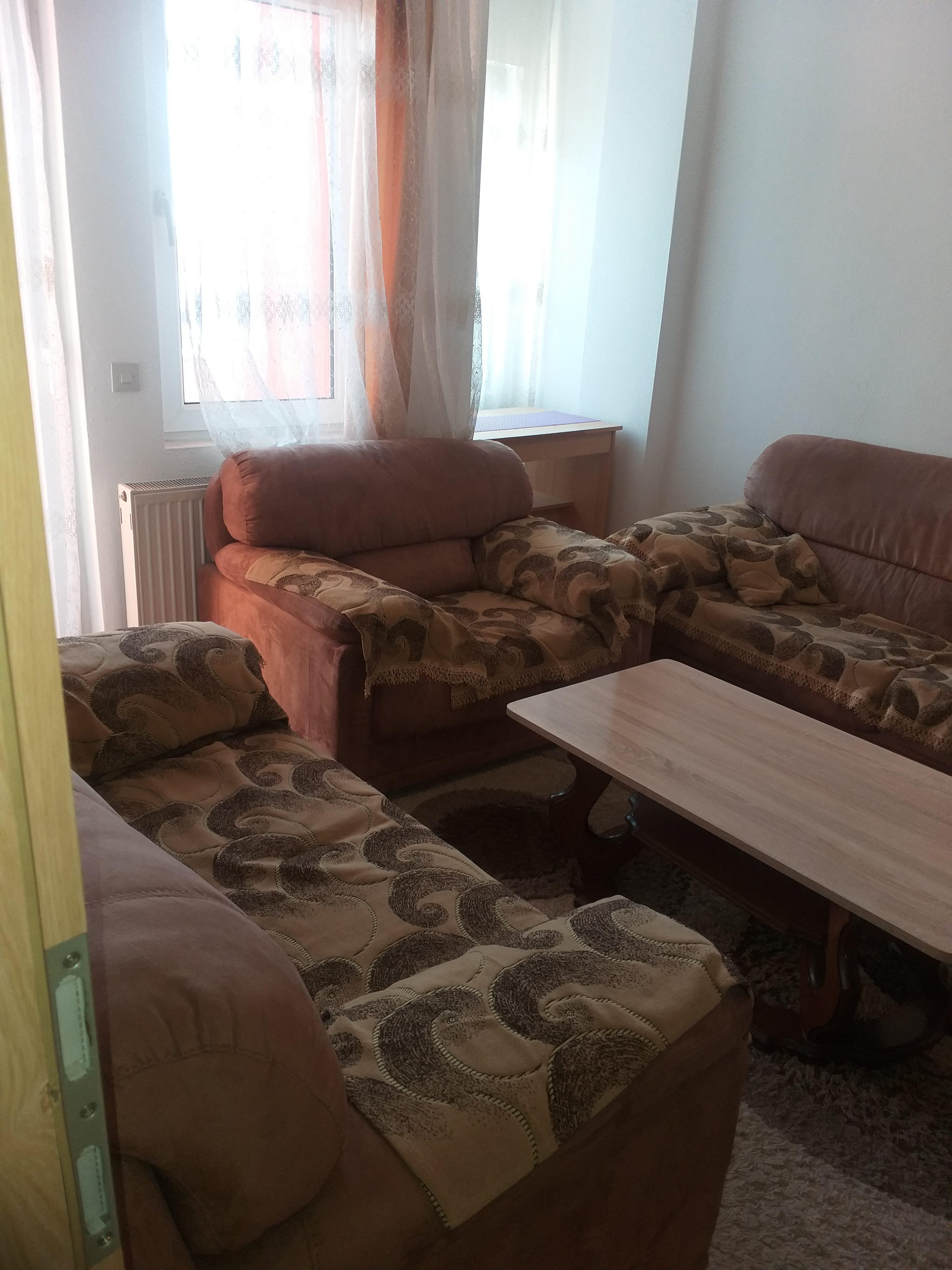 Shitet banesa 2 dhomëshe 62m2 kati 1 në Fushë Kosovë