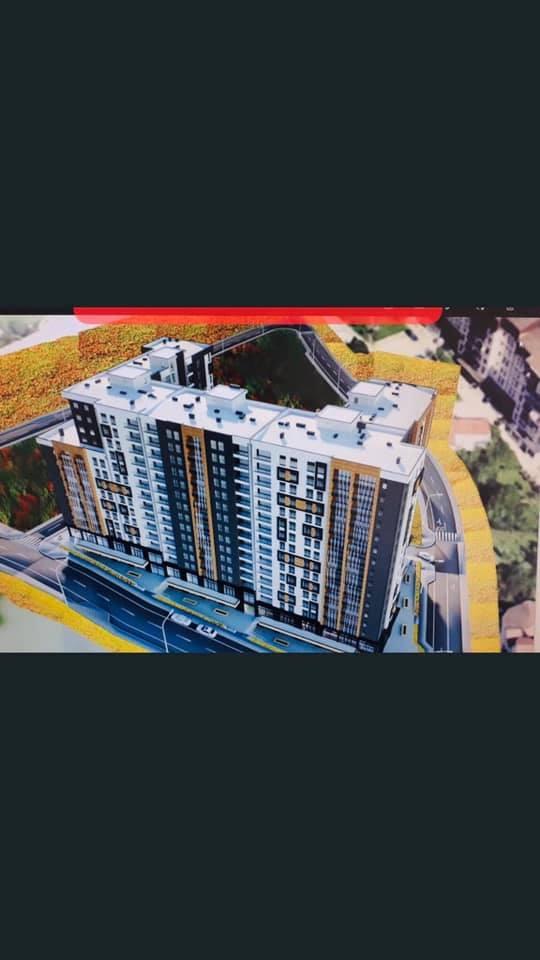 Shitet banesa 2 dhomëshe 67m2 kati 8 në lagjen Kodra e Diellit