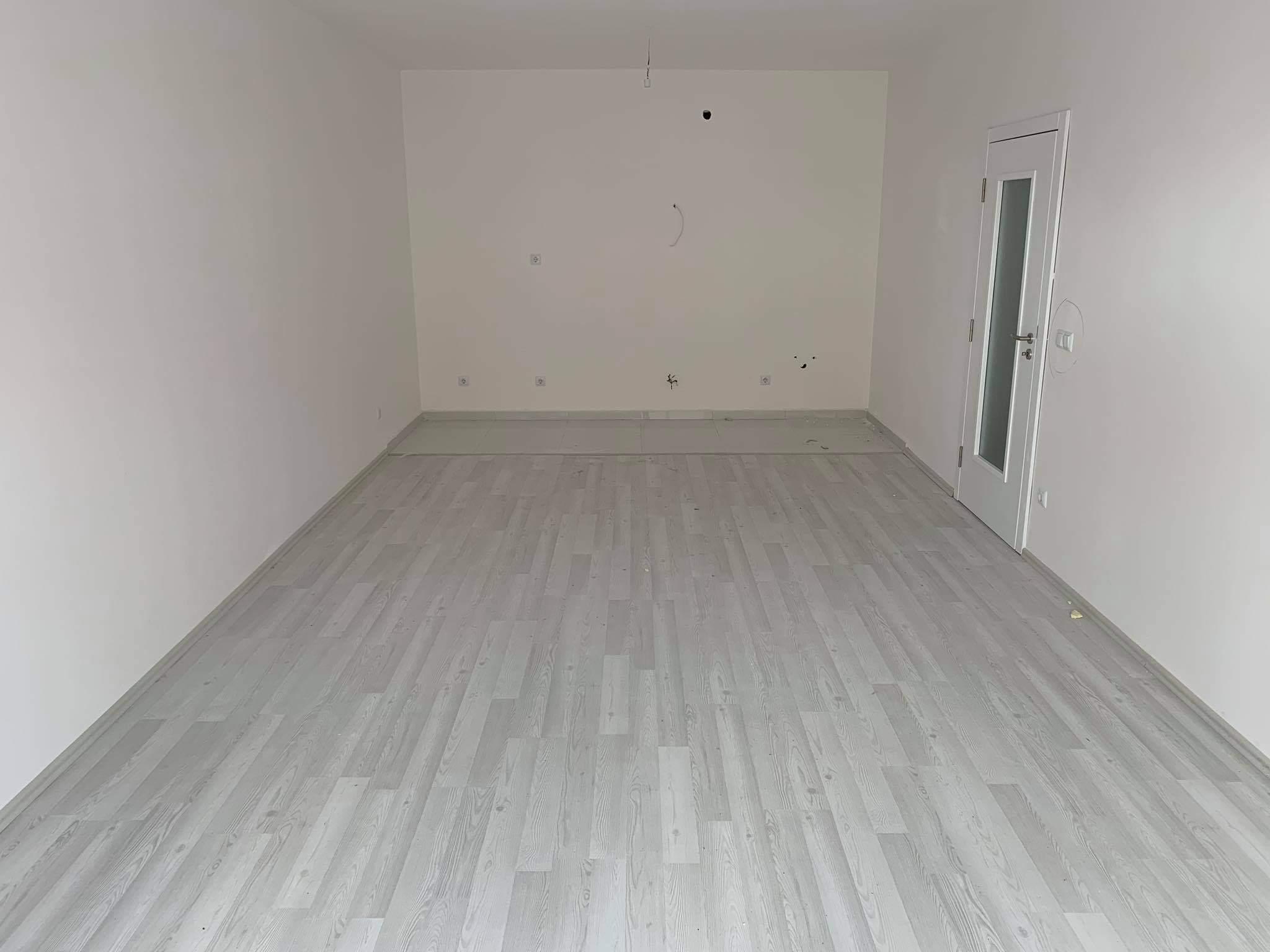 Shitet banesa 3 dhomëshe 91.8m2 kati 6 në Fushë Kosovë