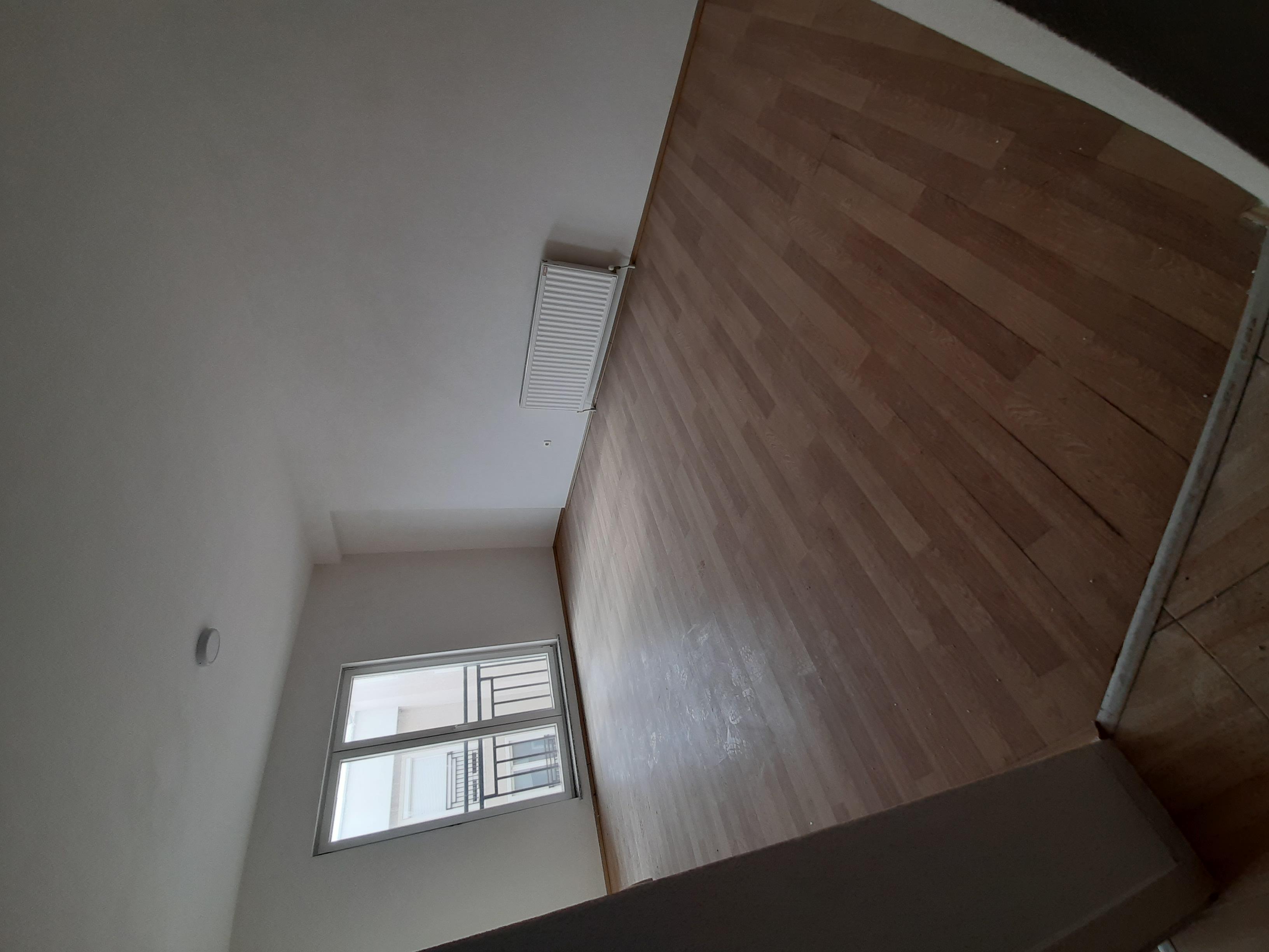Shitet banesa 2 dhomshe 54m2 kati 6 Fushë Kosovë