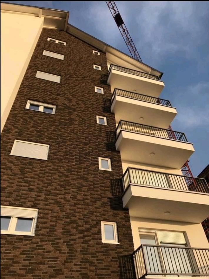 Shitet banesa 4 dhomëshe 141m2 kati 4 Mati 1